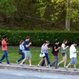 teenagers-and-iphones