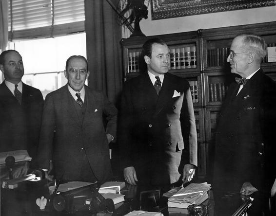 Truman_with_Senators_McGrath_and_Green