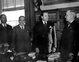 Truman_with_Senators_McGrath_and_Green