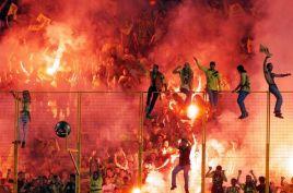 Greek-soccer-fans