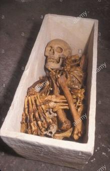 jewish-ossuary-with-human-bones