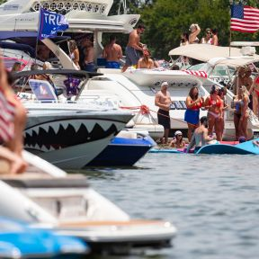 July 4th Partiers, Lake Lewisville, TX -- Juan Figueroa/DMN Staff photographer